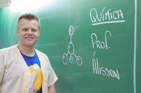 Professor PROF. ALISSON