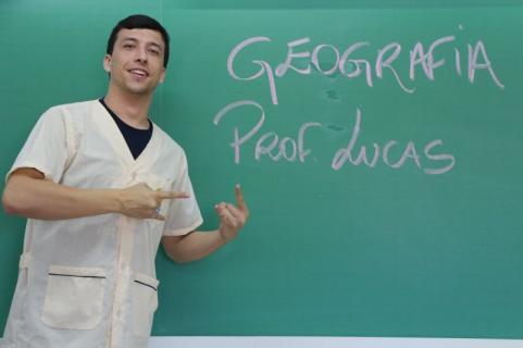 Professor PROF. LUCAS