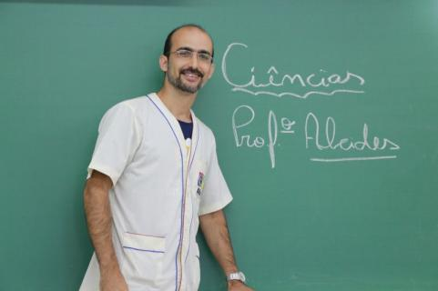 Professor PROFº ALCIDES